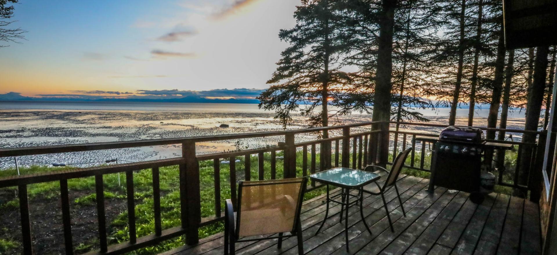 Alaskan Sunset Cabins